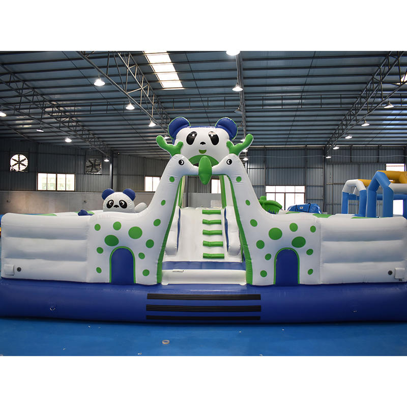 Anti-UV0.9mm PVC Tarpaulin Floating Castle Park For Water Park