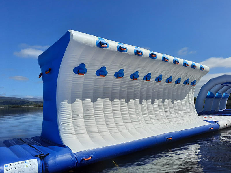 45 Capacity Water Park Games Floating / Inflatable Water Obstacle Course