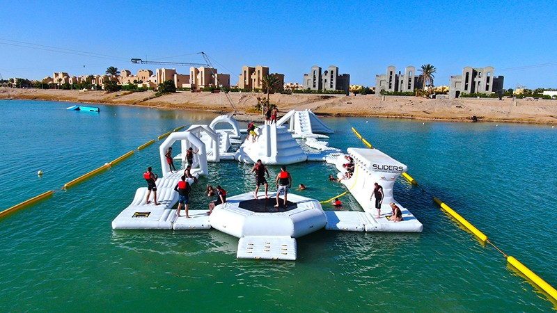 application-inflatable water parks-floating water park-inflatable water playground-Bouncia -img-3