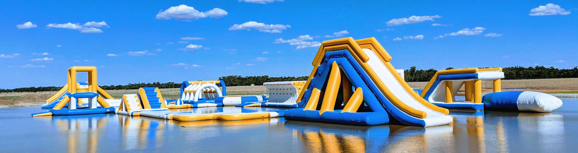 application-inflatable water parks-floating water park-inflatable water playground-Bouncia-img