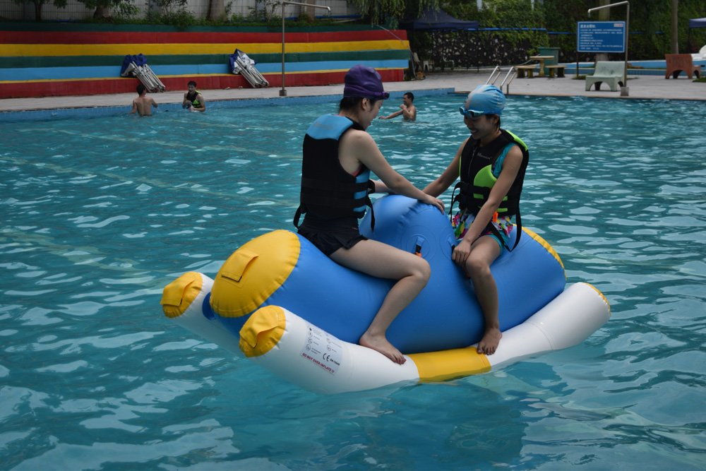 Bouncia -Bouncia Products Test In Commercial Swimming Pool | News On Bouncia Inflatables-2