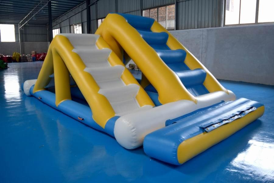 Custom ladder big blow up water park Bouncia rental