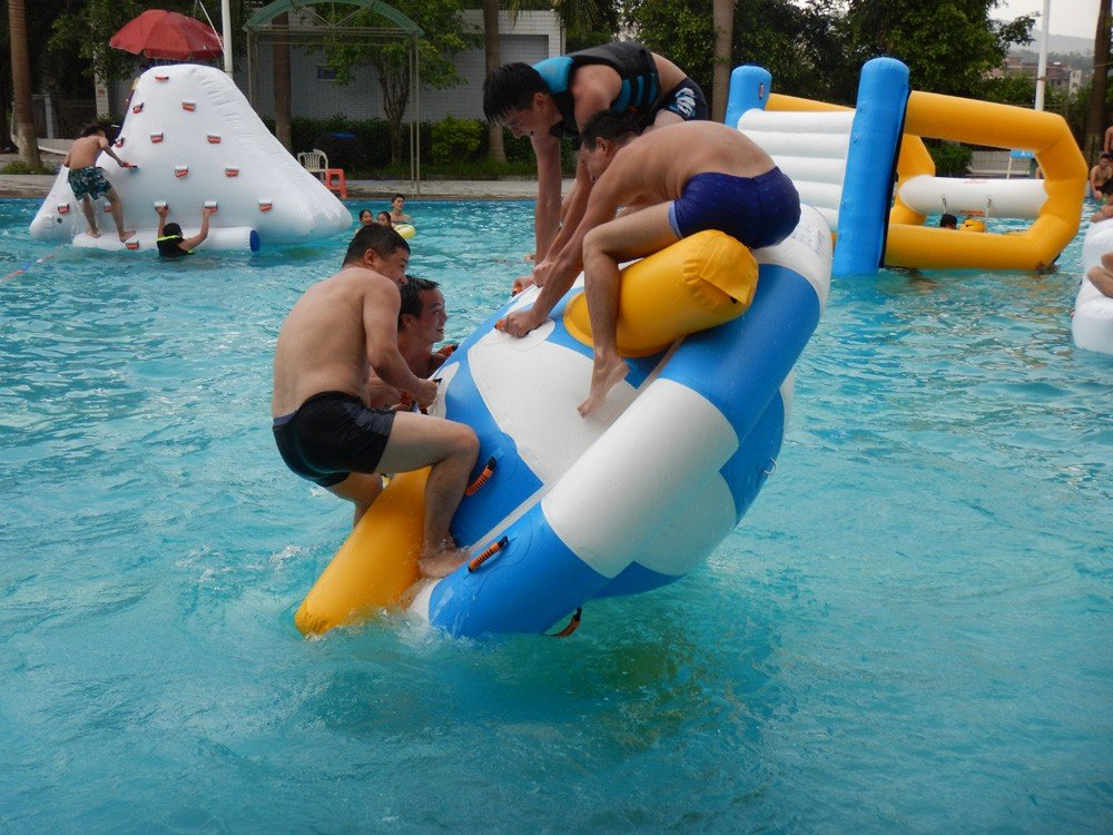 Bouncia -Bouncia Products Test In Commercial Swimming Pool | News On Bouncia Inflatables-3