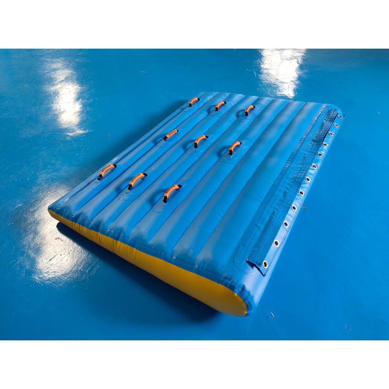 TUV Certiifcate Inflatable Ramp for Water Park