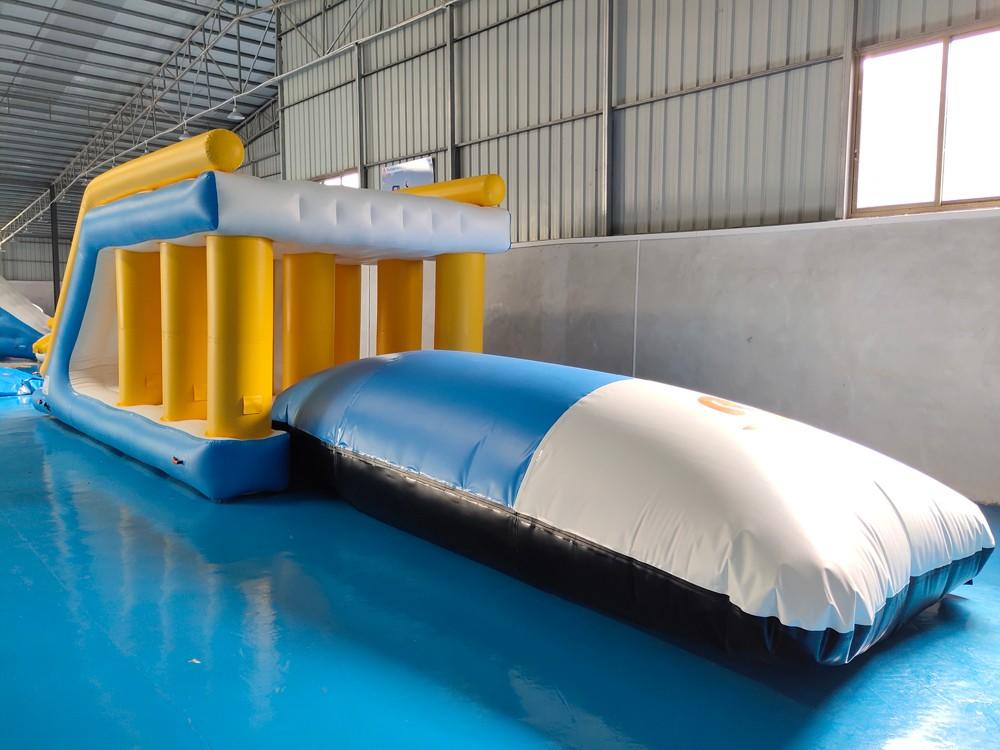 Bouncia -Best Inflatable Obstacles Commercial Grade Inflatable Water Jump Pillow-2