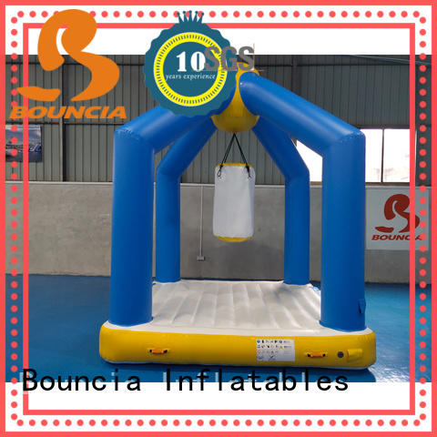 Bouncia colum inflatable course customized for pool