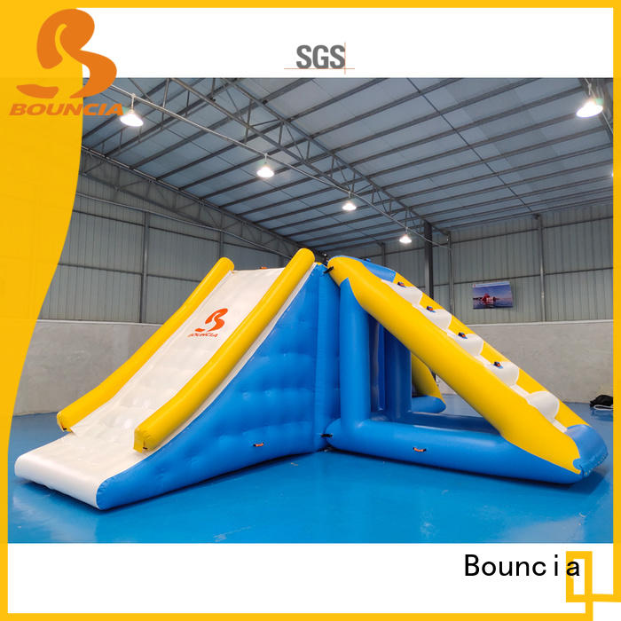 Bouncia floating inflatable course Supply for outdoors