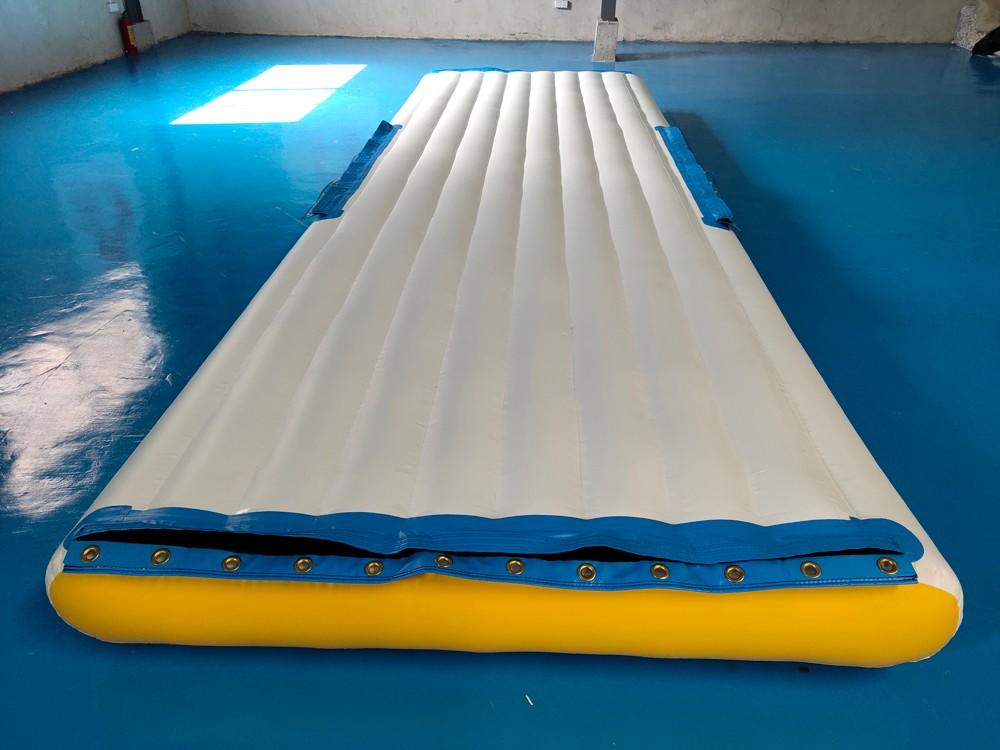 Bouncia -High-quality Big Inflatable Floating Platform For Water Park Factory