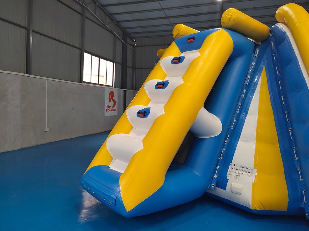 Bouncia -Find Inflatable Assault Course Awesome All In One Station Inflatable-2