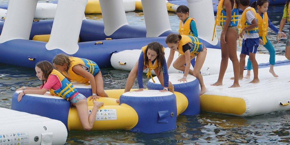 Bouncia climbing inflatable lake water park for kids-2