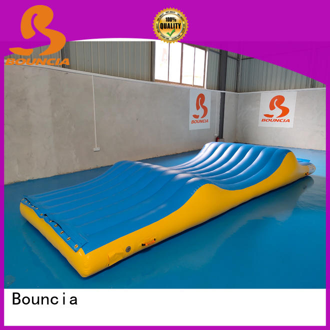 Bouncia certificated water park design build one station for pool